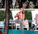 Jennifer Aniston Over 50 new beach pics, so I'm going to post 5 and then rapidshit the whole thing. Foto 644 (Дженнифер Анистон Более 50 новых фото пляж, так что я собираюсь пост 5, а затем rapidshit целиком. Фото 644)