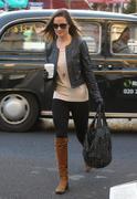 Филиппа Шарлотта 'Пиппа' Мидлтон, фото 80. Philippa Charlotte 'Pippa' Middleton Pippa Walking to Work x25 HQ, foto 80