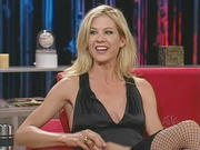 Jenna Elfman - Last Call With Carson Daly (2003-11-20)
