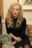 http://img179.imagevenue.com/loc336/th_52198_Celebutopia-Nicole_Kidman-Photoshoot_at_The_Waldorf_Astoria_in_New_York-14_122_336lo.jpg