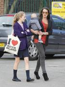 th_00067_Tikipeter_Danielle_Lloyd_arrives_to_pick_up_her_cousin_020_123_348lo.jpg