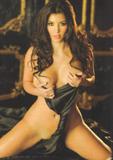 [IMG]http://img179.imagevenue.com/loc39/th_76560_kardashian_2007-11_550_122_39lo.jpg[/IMG]