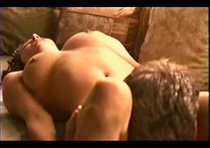 House of Love (2000) cunilingus scene