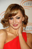 th_29681_Karina_Smirnoff_2008-11-07_-_Lupus_LA6s_Sixth_Annual_Hollywood_Bag_Ladies_Luncheon_in_Beverly_H_036_122_406lo.jpg